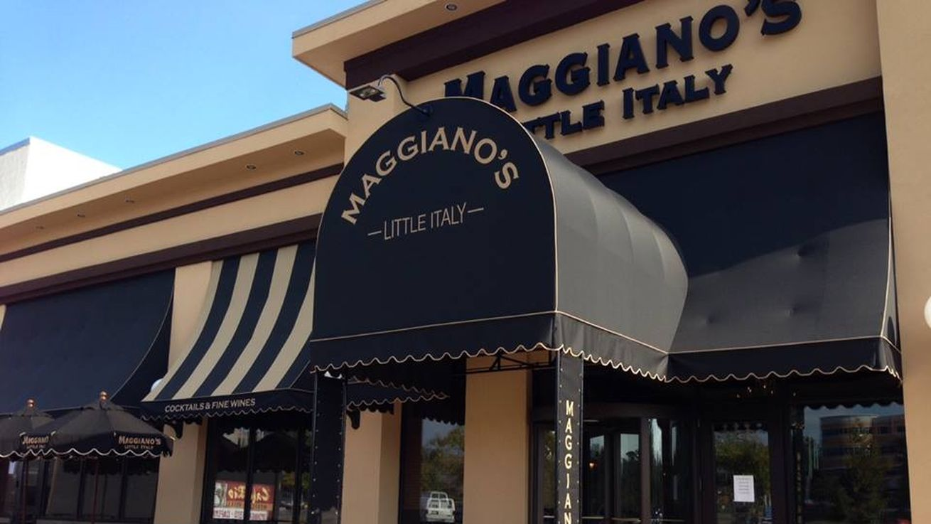 Maggiano's Little Italy keto friendly restaurants