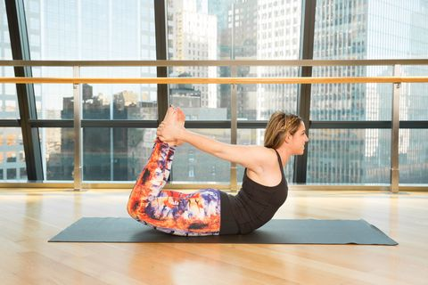 5 Ways Yoga Helps You Lose Weight